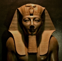 Pharaoh-Thutmose-III-Luxor-Museum.jpg